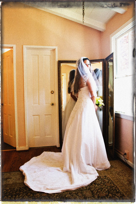 Bride at La Venta Inn Wedding
