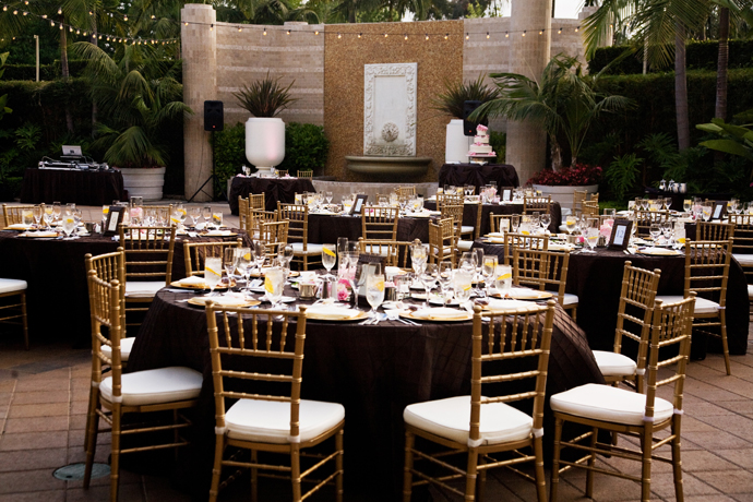 newport beach fairmont hotel wedding reception santa. Black Bedroom Furniture Sets. Home Design Ideas