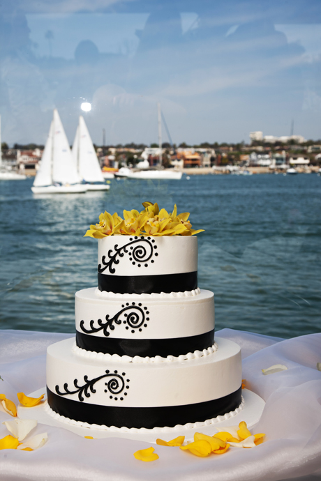 Wedding Cake at Electra Cruises Wedding