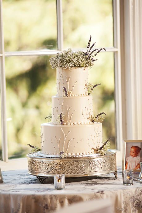 Wedding Cake at Alta Dena Country Club