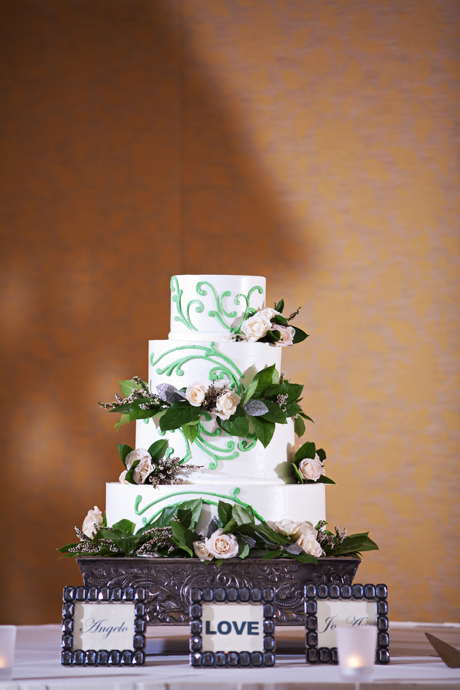 Wedding Cake at Long Beach Hyatt Regency Wedding