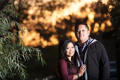 Los Rio Park Engagement Pictures