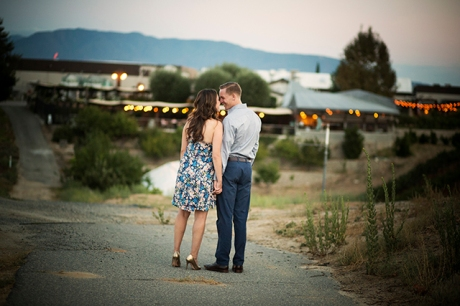 Engagement Pictures at Callaway Winery and Vineyards in Temecula
